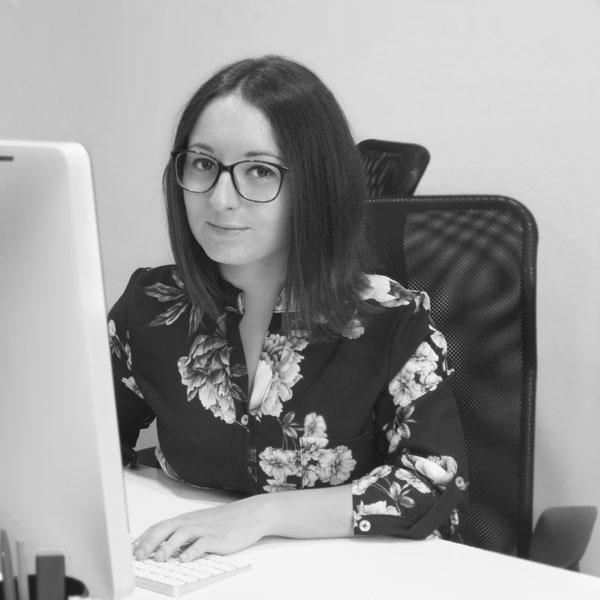 Francesca Longobardi - Front-end Developer per i Sistemi Informativi Sanitari di Invisiblefarm