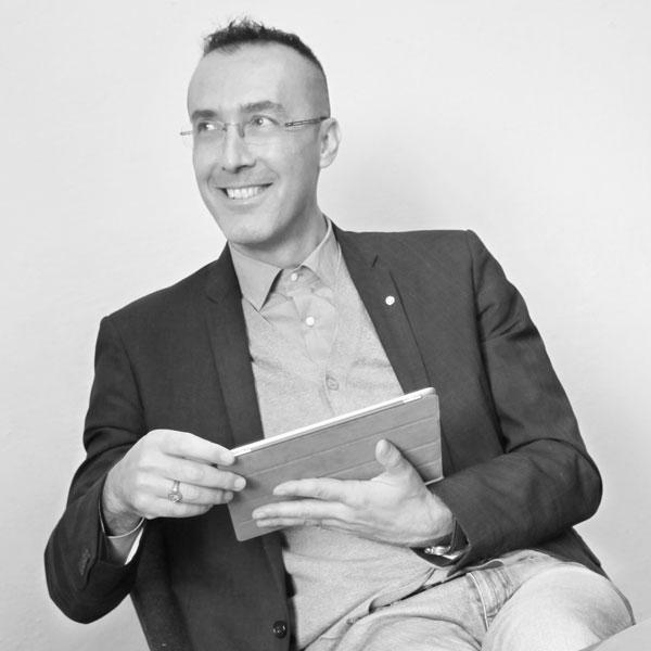 Roberto Cantoni - CEO & Co-Founder di Invisiblefarm